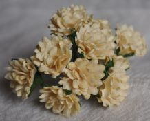CREAM ASTER Daisy (1.3 cm) Mulberry Paper Flowers